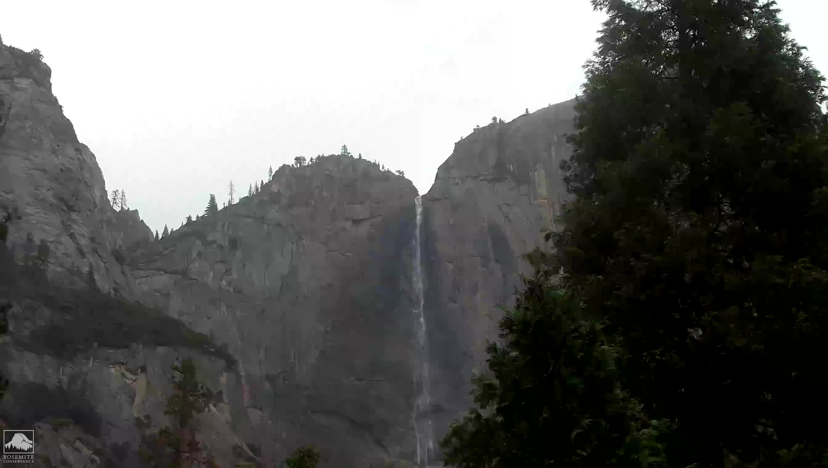 Yosemite Falls Webcam Image